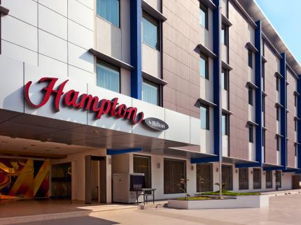 Hampton by Hilton Photo - Ridgeway & Pryce - Luxury Real Estate Broker