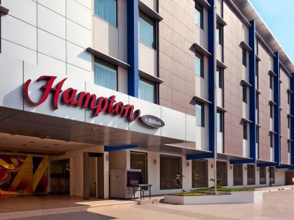 Hampton by Hilton Photo - Ridgeway & Pryce - Luxury Real Estate Broker